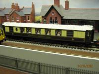 Hornby Pullman coach with lights very nice model   [IMG_0045.JPG uploaded 27 Jul 2009]
