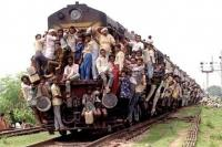 The Way To Travel!  [IndianTrain2.jpg uploaded 13 Sep 2010]